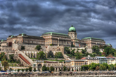 Postales de Budapest (bardaxi) Tags: budapest hungra hungary hdr nikon photomatix photoshop palacio castillo buda contraste perspectiva platinumheartaward