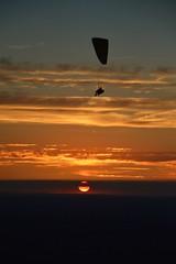 DSC_1740 (justinecharrel) Tags: sunset coucher de soleil auvergne france puydedome volcan montagne nature landscape paysage colors orange red blue sky clouds sun parapente parasailing nikon nikond3200 out