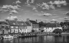 St Ives waterfront (neil.bulman) Tags: riverbank stives greatouse clouds bridgefoot england unitedkingdom gb
