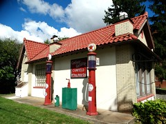 Texaco (e r j k . a m e r j k a) Tags: ohio mahoning canfield oh46 i76oh us422 erjkprunczyk texaco brands gas station roadside vintage pumps