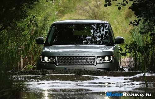 2013-Range-Rover-19