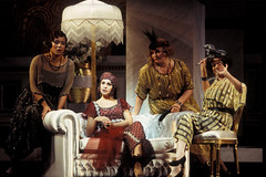 Opera Essentials: La rondine