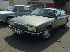 Daimler XJ 1988 (tautaudu02) Tags: auto cars automobile moto avignon coches daimler voitures 2012 xj rétro