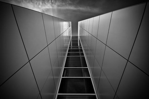 Elevator to the Sky -- First Place at 2012 International Photograhy Awards (Architecture category)