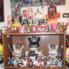 dunnys as of 09-27-12 02 (mikaplexus) Tags: street lenin favorite streetart rabbit bunny bunnies art animal animals toy toys artist sheep designer ninja kubrick awesome arts vinyl mint collection kidrobot collections artists chase mao rabbits collectible mad trexi limited rare tool kozik collectibles abelincolnjr collecting collector qee dunny arttoy redrum signed attaboy labbits smorkinlabbit labbit arttoys designertoy toy2r friendswithyou vinyltoy sketone unopened vinyltoys doktora frankkozik dunnys designervinyl smorkinlabbits ireallylike mintinbox designervinyltoy huckg sneakyraccoon