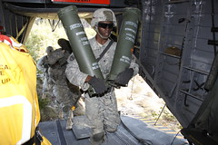 Hammerheads lift Army artillery (CherryPoint)