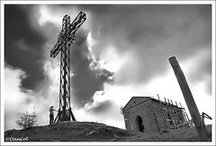 Monte Cacume (Daniele Colantonio) Tags: sky church clouds trekking nuvole nuvola chiesa monte sentiero montagna croce patrica sentieri lepini cacume montilepini montecacume