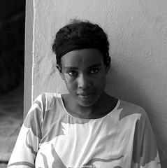 Djibouti (miguou) Tags: africa portrait blackandwhite blancoynegro girl face eyes noiretblanc pentax femme visage blackdiamond regard afrique eastafrica africaine djibouti dschibuti ethiopie djibuti  africanwomen gibuti  yibuti cibuti dibuti dibutsko africawoman cornedelafrique jabuuti femmeafricaine  dibuti portraitcarr  pentaxart xhibuti