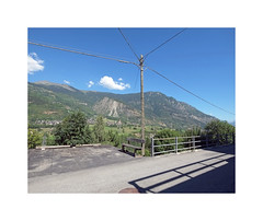 L't  Chabodey (Brulama) Tags: paysage poteau cbles montagne cumulus chabodey valdaosta italie