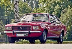OPEL Rekord D Limousine 1971 - 1977 (Imagonos) Tags: automobil opel pkw fahrzeug kraftfahrzeug car voiture youngtimer oldtimer vintage imagonos ves nikon d90 d3000 slr dslr dslrphotography automotivecomposites outdoor worldcars portrait