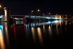 Walnut St bridge (Snapshots by Nixy J Morales) Tags: longexposure bridge night photowalk 2012 tamron1024mm