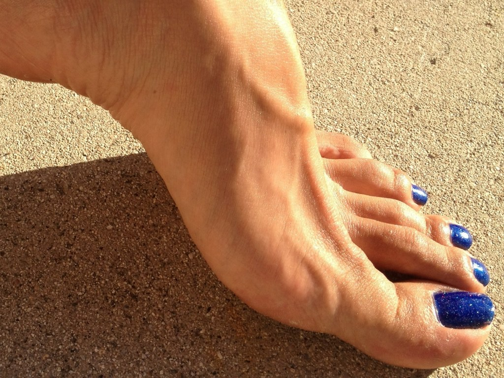 sexy veiny feet