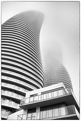 Curvas y Niebla ( Angeles Antolin ) Tags: ontario canada misty fog arquitectura angeles towers marylin monroe mississauga niebla antolin hoyos