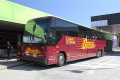 Quick Shuttle Coach (Can Pac Swire) Tags: city usa canada bus vancouver us coach unitedstates britishcolumbia unitedstatesofamerica border canadian shuttle quick checkpoint quickshuttle candadian aimg6580