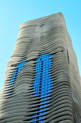 Radisson Blu Aqua Hotel (camflan) Tags: usa chicago building architecture illinois unitedstatesofamerica il fluid northamerica organic radissonbluaquahotel