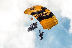 DSC_4504 (CEGPhotography) Tags: nikon cegphotography atlanticcity newjersey nj ac atlanticcityairshow 2016 thunderovertheboardwalk aviation flight sky usarmygoldenknights goldenknights parachutedemotemo parachute