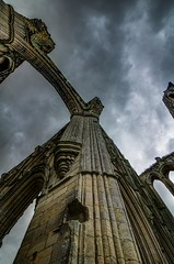 Looking up to the top of Rievaulx Abbey (21mapple) Tags: rievaulx rievaulxabbey abbey englishheritage england eh yorkshire ruins religion religious peaceful moody stone outdoors outdoor canon750d canon canoneos750d canoneos clouds cloudy grey