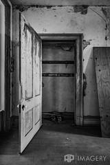 Closet (AP Imagery) Tags: abandoned joseph house community blackandwhite historic monochrome historical hardinsburg judge ky holt bw kentucky days door usa