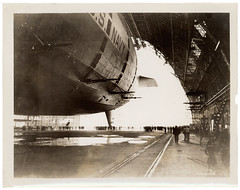 Photograph of the USS Akron in the Goodyear-Zeppelin Dock , ca. 1933 (The U.S. National Archives) Tags: ohio aircraft aviation hangar zeppelin airship usnavy usn goodyear akron dirigible akc maybach lighterthanair navalaviation unitedstatesnavy akronohio akronoh vl2 goodyearzeppelin kakr airshiphangar ussakron goodyearairdock maybachvl2 usnationalarchives zrs4 dirigiblehangar akronfultonairport akronfultoninternationalairport ussakronzrs4 nara:arcid=6821381 goodyearzeppelincorporation