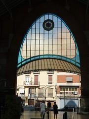 <=... retro (La minina) Tags: espaa valencia architecture liberty spain market mercado mercato architettura modernismo spagna colon