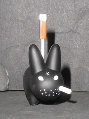 labbits kozik kidrobot (die labbot die) 1 (mikaplexus) Tags: favorite rabbit bunny bunnies art animal animals toy toys artist designer cigarette awesome arts vinyl smoking collection kidrobot collections artists rabbits collectible cigarettes smokes limited rare kozik collectibles monger collecting collector mongers smorkin arttoy labbits smorkinlabbit labbit arttoys designertoy vinyltoy vinyltoys frankkozik designervinyl smorkinlabbits ireallylike smorkinmongers designervinyltoy smokingtoy smokingtoys