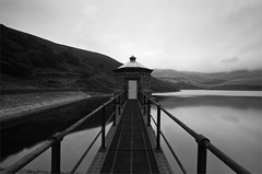 Kinder Reservoir....Explored (djshoo) Tags: architecture landscape blackwhite peakdistrict sigma1020mm wideanglelens kinderreservoir