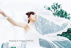 Film x Lomo Pre-Wedding Photo- Fred  Mina*2 (Twiggy Tu) Tags: portrait film taiwan taipei 2012 contaxrx preweddingphotography  virginiatwiggyphoto