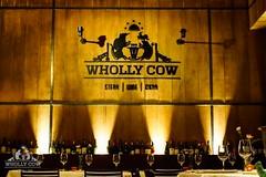 Wholly Cow ซอยอารีย์ ตกแต่งร้านสไตล์ Modern Contemporary