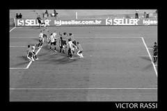 Brasil x Argentina (Victor Rassi 9 millions views) Tags: esportes futebol brasilxargentina coparoca 20x30 brasil 2012 goiânia goiás pretoebranco canon américa américadosul canonef75300mmf456isusm estádioserradourada canoneosdigitalrebelxti rebelxti xti