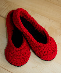 Crochet slippers (Chicki2008) Tags: canada handmade crochet saskatchewan slippers chicki