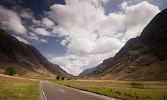 Glen Coe (Joe Dunckley) Tags: uk mountains landscape scotland highlands glencoe roads westhighlands a82