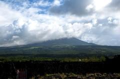 (sharksfin) Tags: ocean mountain island volcano islands do atlantic insel pico ponta volcanic montanha azores aores vulkan faial inseln acores vulkanisch azoren macaronesia makaronesien makaronesische