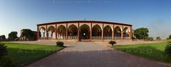 Diwan-e-Aam, Lahore Fort (z) Tags: city pakistan panorama public architecture hall audience fort muslim quadrangle lahore oldcity walled lahorefort mughal jahangir  diwaneaam widescape
