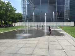(Los Dragnnes) Tags: img7279 amnh nyc summer sprinkler newyorkcity gothamist