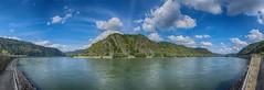 Rheinkurve bei Hirzenach (Pix-elist) Tags: boppard hirzenach rhein rhine river fluss kurve schleife panorama germany deutschland rheinland pfalz