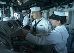 160829-N-GZ228-148 (U.S. Pacific Fleet) Tags: boxarg13meu16 ussboxerlhd4 amphibiousreadygroup 13thmarineexpeditionaryunit 13thmeu usnavy cpr1 usmarines usarmy pearlharbor hawaii usa