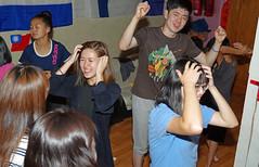 IMGP9976 (Henk de Regt) Tags: mongolië mongolia mohron mce buhug vrijwilligers volunteers children kinderen school sport games fun waterfight slangenmens contortionist summercamp