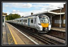 22.09.16 Tulse Hill..Thameslink Desiro 700108 (Tadie88) Tags: nikond7000 nikon18200lens tulsehillstation london railways stations tracks signals platforms thameslinkseimens desirosclass 700 700108