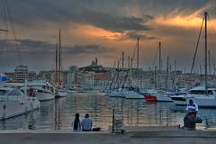 Atardecer en Marsella (Miguel-Angel Lavin) Tags: puestasdesolmarsella atardecerenmarsella nikond7100 arquitectura puertoviejo puertos mares francia atrdeceres o atardecer y excelente fotografa