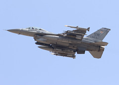 92-3923_F-16CM_SW_KLSV_1591 (Mike Head - Jetwashphotos) Tags: lockheed gd generaldynamics f16cm viper usaf sw 55thfs shawafb redflag redflag164 lsv klsv nellisafb nv nevada us usa america dry hot pleasant