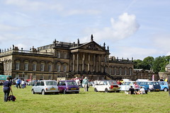 Wentworth Woodhouse  Open Day (Kerry711) Tags: sky classic cars grass clouds day open south yorkshire wentworth alpha visitors woodhouse minis rotherham sonya77