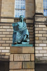 David Hume (Benny Hünersen) Tags: street holiday david statue scotland high royal august hume ferien edinbrugh mile ferie philosopher 2012 schotland edinburough skotland filosof edinbrug