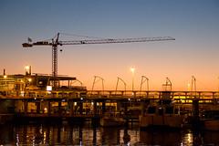 Perspectiva no final de tarde (Evertons) Tags: del marina boats puerto uruguay harbor barcos crane porto punta este guindaste uruguai