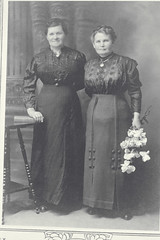 Two Unidentified Women, Rosh Hashanah (Center for Jewish History, NYC) Tags: flowers happynewyear roshhashanah jewishholidays jewishwomen