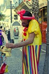 works (yattaran72) Tags: bw balloons nikon clown latte colori settembre salerno sera artisti mukko d5100