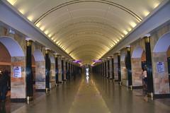 Saint Petersburg / Санкт Петербург (José Rambaud) Tags: subway metro russia saintpetersburg hdr rusia санктпетербург sanpetersburgo