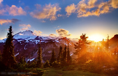 Shining Baker (monoceros84) Tags: sunset usa mountains washington baker gimp cascades opensource sonne hdr zeit bearbeitet rawtherapee