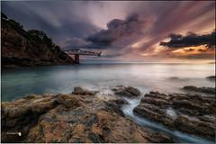 Un nuevo comienzo (Caramad) Tags: agua longexposure mar luz landscape dicido light cantabria sunrise seascape amanecer olas rocks marcantbrico rocas sea m mioo