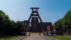 Zeche Zollverein (Jannik.Dresden) Tags: essen nordrheinwestfalen deutschland zeche zollverein industriefotografie