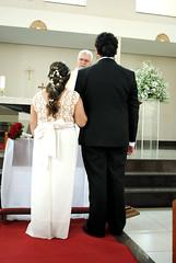 Tati e Marco (carinaferraresi) Tags: casamento wedding evento social photography bride noiva love couple happy happiness dress feet altar religion praying